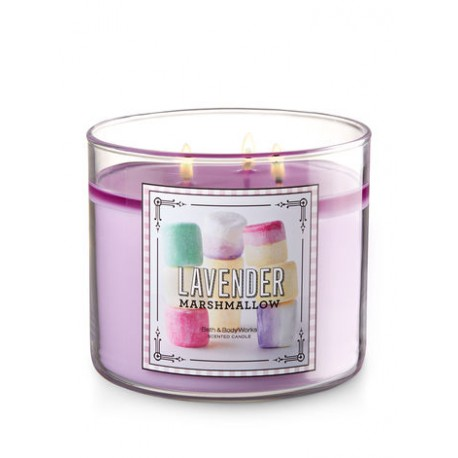 bougie 3 m ches lavender marshmallow bath body works 25 95. Black Bedroom Furniture Sets. Home Design Ideas
